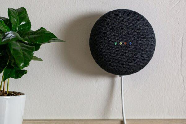 Google Nest Mini Bluetooth Smart Speaker Charcoal – GA00781-GB